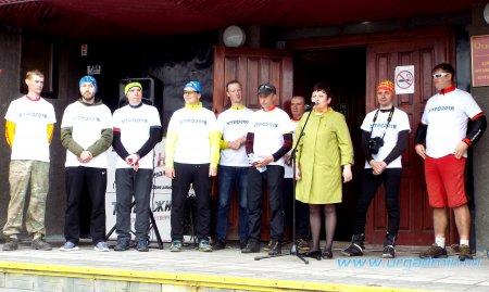 Участники велопробега «УТРО-2018» на юргамышской земле