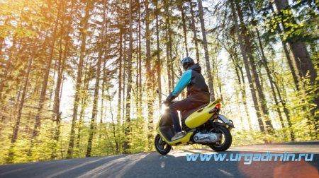 Внимание,  родители и несовершеннолетние водители: скутер, мопед, квадроцикл — это опасное развлечение!