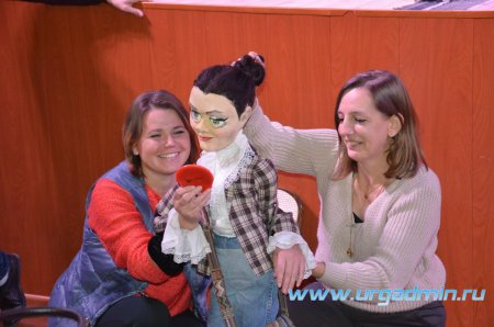 Гастроли театра кукол «Гулливер» в Юргамышском Доме культуры